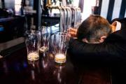 酒精肝和脂肪肝相比较而言哪个严重?