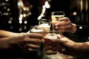 避免大量饮酒后宿醉的10种简单方法